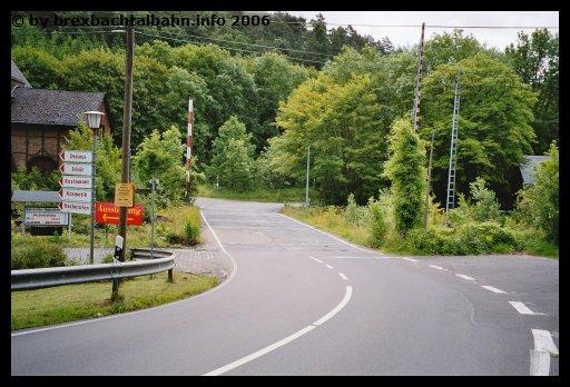 Bf Grenzau Bahnübergang über die Gleise 1, 2, 3 und 6
