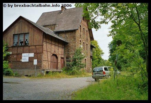 Bf Grenzau Seitenansicht (Blickrichtung Siershahn)