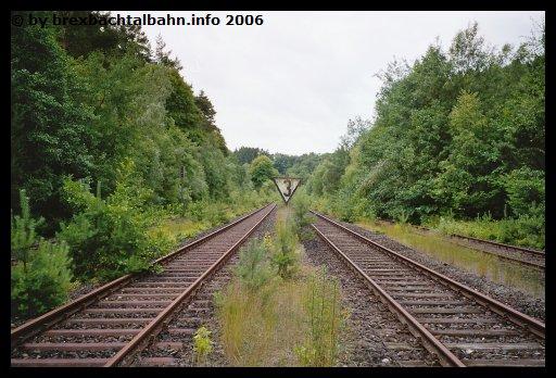Bf Grenzau Ausfahrt Richtung Siershahn Gleis 1 und 2 (Blickrichtung Neuwied-Engers)